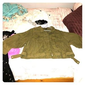 Thin olive green jacket (for fall)
